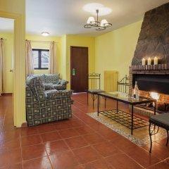 Отель Santa Cruz Испания, Гуэхар-Сьерра - отзывы, цены и фото номеров - забронировать отель Santa Cruz онлайн комната для гостей фото 4