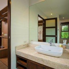 Отель Villa Jake Пхукет ванная