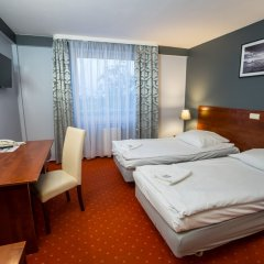Отель Gordon Варшава сейф в номере