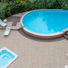 Отель Savoia Hotel Rimini Италия, Римини - 7 отзывов об отеле, цены и фото номеров - забронировать отель Savoia Hotel Rimini онлайн бассейн фото 3