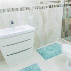 Отель Comlin Bank 13 by Pro Homes Jamaica ванная фото 2