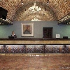 Отель Embassy Suites Bloomington Блумингтон интерьер отеля фото 2