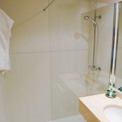 Отель Gran Hotel Victoria Испания, Сантандер - 1 отзыв об отеле, цены и фото номеров - забронировать отель Gran Hotel Victoria онлайн ванная