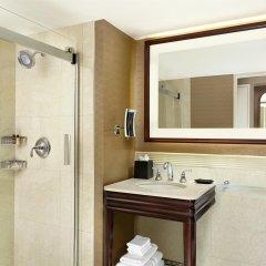 Отель Sheraton Centre Toronto Hotel Канада, Торонто - отзывы, цены и фото номеров - забронировать отель Sheraton Centre Toronto Hotel онлайн ванная
