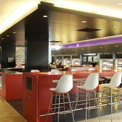 Отель citizenM Schiphol Airport Нидерланды, Схипхол - 4 отзыва об отеле, цены и фото номеров - забронировать отель citizenM Schiphol Airport онлайн гостиничный бар