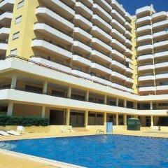 Отель Clube dos Arcos Португалия, Портимао - отзывы, цены и фото номеров - забронировать отель Clube dos Arcos онлайн бассейн фото 2