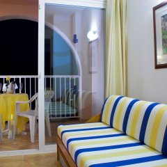 Отель Azuline Hotel - Apartamento Rosamar Испания, Сан-Антони-де-Портмань - отзывы, цены и фото номеров - забронировать отель Azuline Hotel - Apartamento Rosamar онлайн комната для гостей фото 4