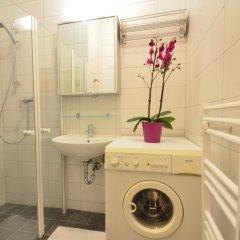 Отель AJO Apartments Messe Австрия, Вена - отзывы, цены и фото номеров - забронировать отель AJO Apartments Messe онлайн ванная