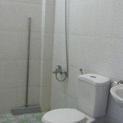 Отель Tan Phuong Hotel Вьетнам, Хойан - отзывы, цены и фото номеров - забронировать отель Tan Phuong Hotel онлайн ванная фото 2