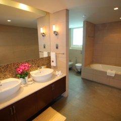 Отель Kennedy Towers - Marina Residences 6 ванная