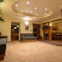 Hotel Stella Alpina Фай-делла-Паганелла интерьер отеля