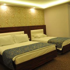Отель Madi Otel Izmir комната для гостей фото 2