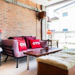 Отель Cafe@Luv22 Guest House Таиланд, Пхукет - отзывы, цены и фото номеров - забронировать отель Cafe@Luv22 Guest House онлайн интерьер отеля фото 2