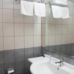 Blue Dolphin Hotel ванная фото 3