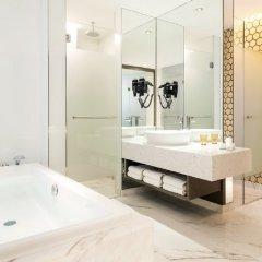 Resorts World Sentosa - Hard Rock Hotel Сингапур ванная