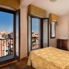 Отель Royal San Marco Hotel Италия, Венеция - 2 отзыва об отеле, цены и фото номеров - забронировать отель Royal San Marco Hotel онлайн балкон