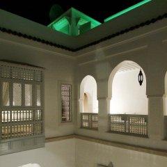 Отель Riad Chi-Chi Марокко, Марракеш - отзывы, цены и фото номеров - забронировать отель Riad Chi-Chi онлайн бассейн