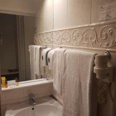 Отель Madeleine Budget Rooms Grand Place Брюссель ванная фото 2