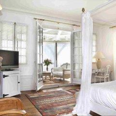 Отель Relais & Châteaux Château des Avenieres Франция, Крюсей - отзывы, цены и фото номеров - забронировать отель Relais & Châteaux Château des Avenieres онлайн удобства в номере