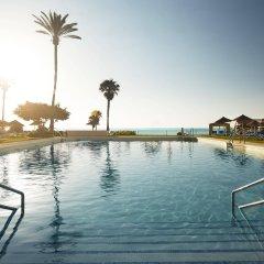 Hotel La Barracuda бассейн