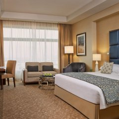 Отель Swissotel Al Ghurair Dubai Представительский номер