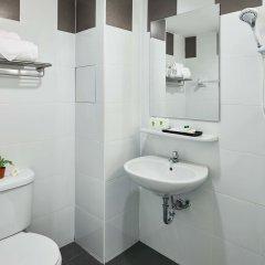 Отель Wattana Place Бангкок ванная