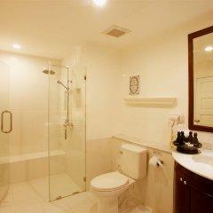 Отель Thavorn Palm Beach Resort Phuket Таиланд, Пхукет - 10 отзывов об отеле, цены и фото номеров - забронировать отель Thavorn Palm Beach Resort Phuket онлайн ванная фото 2