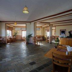 Отель Raniban Retreat Непал, Покхара - отзывы, цены и фото номеров - забронировать отель Raniban Retreat онлайн гостиничный бар