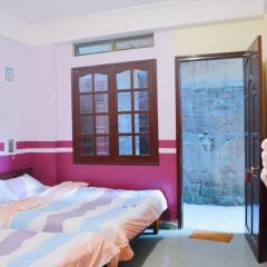 Dora Hostel Далат комната для гостей
