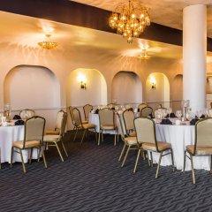 Clarion Hotel Conference Center Эссингтон помещение для мероприятий фото 2