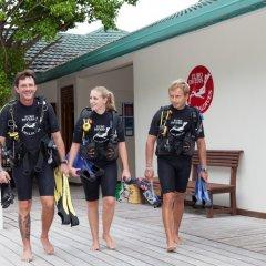 Отель Meeru Island Resort & Spa Мальдивы, Остров Фуранафуши - 10 отзывов об отеле, цены и фото номеров - забронировать отель Meeru Island Resort & Spa онлайн парковка
