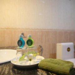 Отель Oasey Beach Resort Шри-Ланка, Бентота - отзывы, цены и фото номеров - забронировать отель Oasey Beach Resort онлайн ванная фото 2