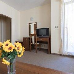 Апартаменты One Bedroom Family Apartment with Balcony удобства в номере