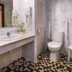 Отель Cala Font ванная фото 2