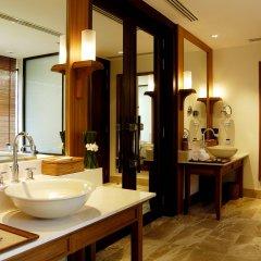 Отель Trisara Villas & Residences Phuket ванная