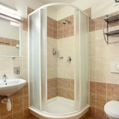 Отель Golden City ванная фото 2