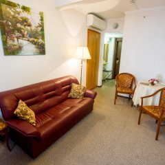 Гостиница Аструс - Центральный Дом Туриста, Москва комната для гостей фото 5
