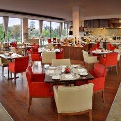Отель Four Points by Sheraton New Delhi, Airport Highway питание