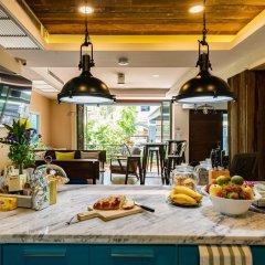 Отель Maneeya Park Residence Бангкок питание фото 3