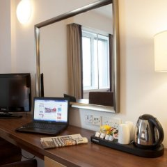 Отель Jurys Inn Glasgow Глазго удобства в номере фото 2