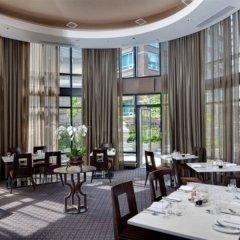 Отель L'Hermitage Hotel Канада, Ванкувер - отзывы, цены и фото номеров - забронировать отель L'Hermitage Hotel онлайн питание фото 2