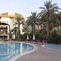 Отель Armas Gul Beach - All Inclusive бассейн