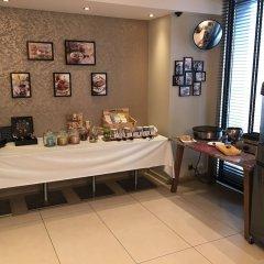 Отель Mercure Hotel Brussels Centre Midi Бельгия, Брюссель - отзывы, цены и фото номеров - забронировать отель Mercure Hotel Brussels Centre Midi онлайн питание фото 3