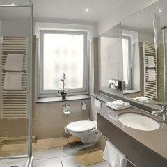 Отель Drei Loewen Hotel Германия, Мюнхен - 14 отзывов об отеле, цены и фото номеров - забронировать отель Drei Loewen Hotel онлайн ванная фото 2