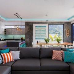 Отель 5-Bedroom Villa Omari with Private Pool пляж Ката комната для гостей фото 3