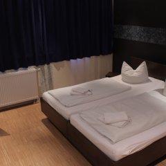 Отель HOLI-Berlin Hotel Германия, Берлин - отзывы, цены и фото номеров - забронировать отель HOLI-Berlin Hotel онлайн комната для гостей фото 3