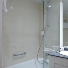 Отель Citadines Les Halles Paris Франция, Париж - 3 отзыва об отеле, цены и фото номеров - забронировать отель Citadines Les Halles Paris онлайн ванная