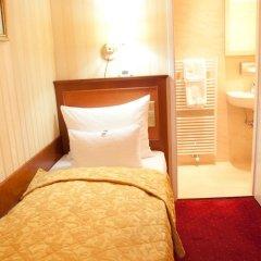 Отель Opera Suites комната для гостей фото 13