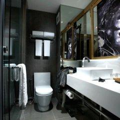 Отель Hard Rock Hotel Penang Малайзия, Пенанг - отзывы, цены и фото номеров - забронировать отель Hard Rock Hotel Penang онлайн ванная фото 2