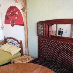 Отель Diwan Hostel Грузия, Тбилиси - отзывы, цены и фото номеров - забронировать отель Diwan Hostel онлайн интерьер отеля